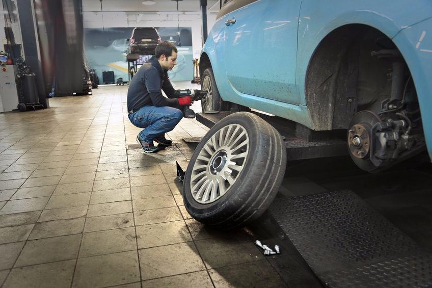 Jak vybrat zvedák do pneuservisu?